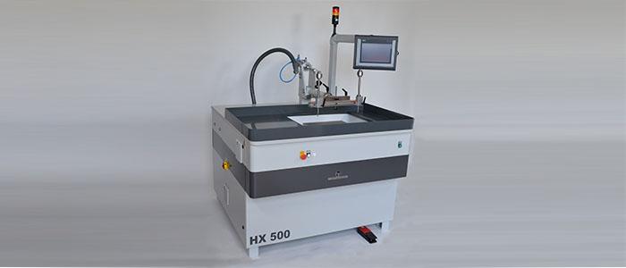 NC- und CNC-gesteuerte Läpp- und Poliermaschinen mit Polierhebel und X-Verstellung